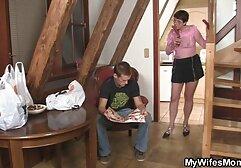 Nena flaca en sujetador anal gordas casero y botas altas hasta el muslo