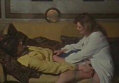Adolescente casting casero anal rubia provocando en la cama